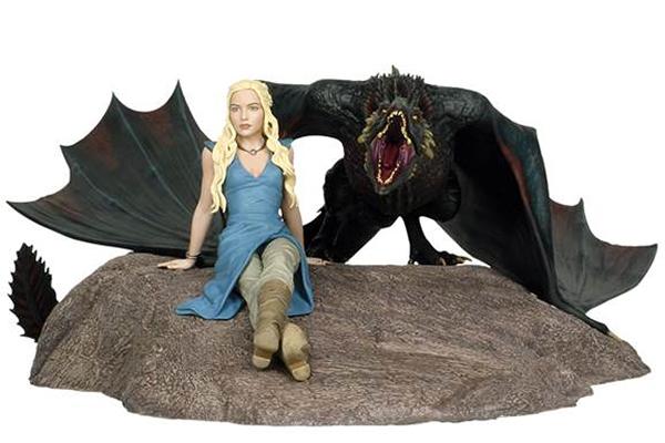 Game of Thrones Statue Daenerys & Drogon 46 x 36 cm