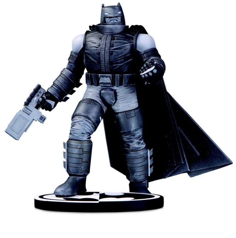 Batman Black & White Statue Batman by Frank Miller 18 cm