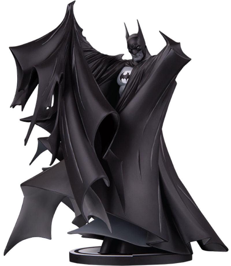 Batman Black & White Deluxe Statue Batman by Todd McFarlane (Version 2.0) 24 cm