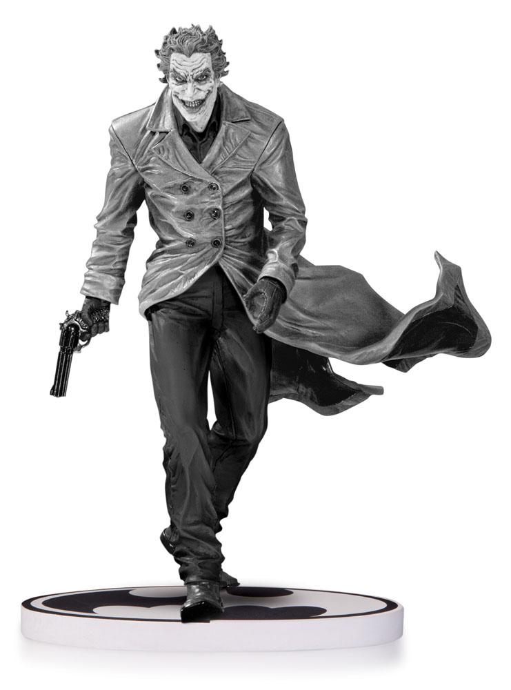 Batman Black & White Statue The Joker by Lee Bermejo 2nd Edition 18 cmm