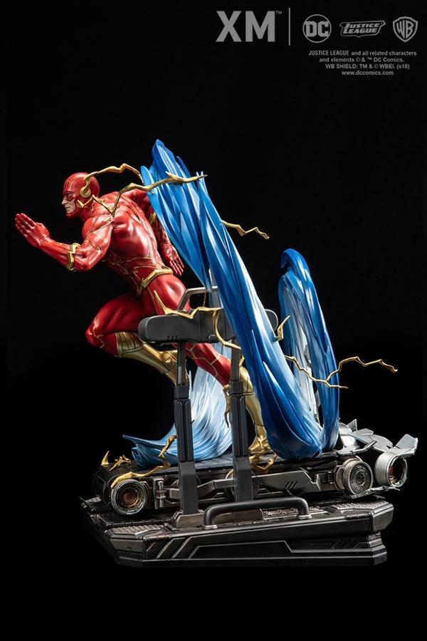 JUSTICE LEAGUE - Statua The Flash Scala 1:6 DC COMICS REBIRTH PREMIUM COLLECTIBLES 40 cm
