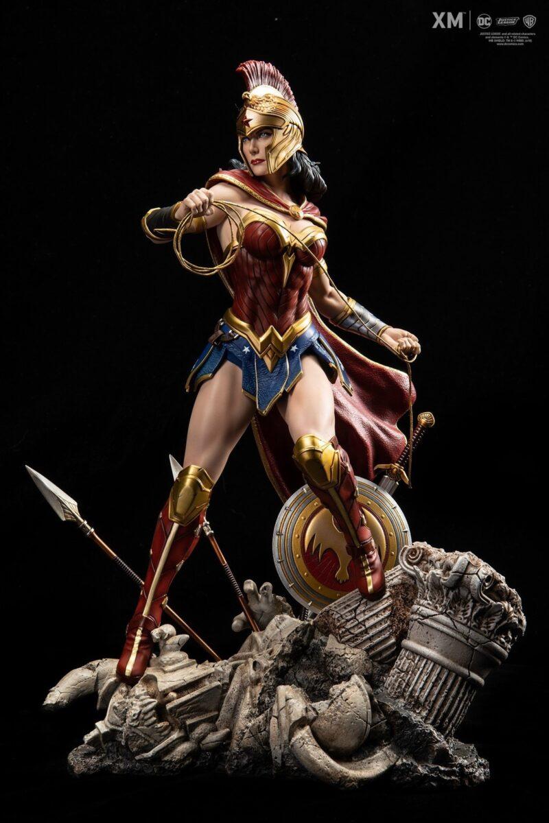 JUSTICE LEAGUE - Statua Wonder Woman Scala 1:6 DC COMICS REBIRTH PREMIUM COLLECTIBLES 37 cm