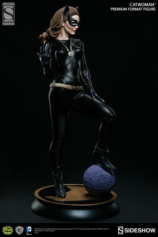Batman 1966 Premium Format Figure 1/4 Catwoman Sideshow Exclusive 51 cm