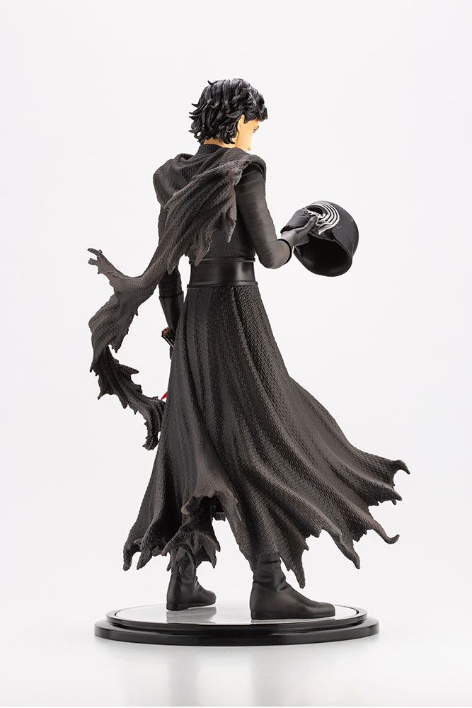 Star Wars Episode VII ARTFX Statue 1/7 Kylo Ren Cloaked in Shadows 28 cm