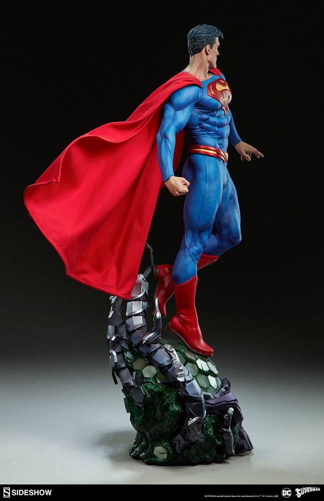 DC Comics Premium Format Figure Superman 66 cm