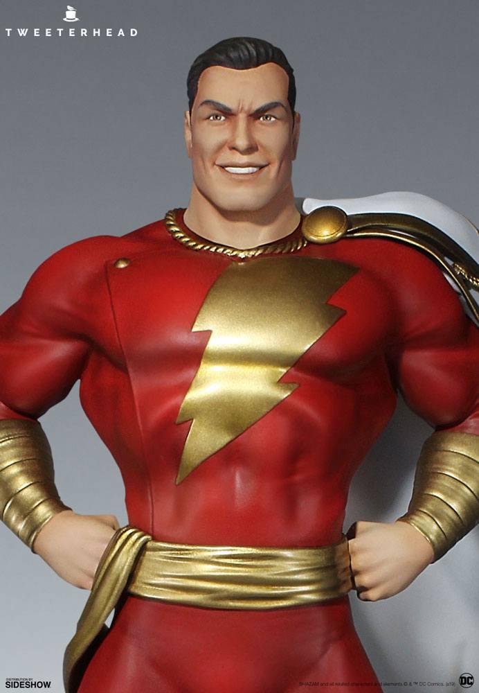 DC Comic Super Powers Collection Maquette Shazam 36 cm