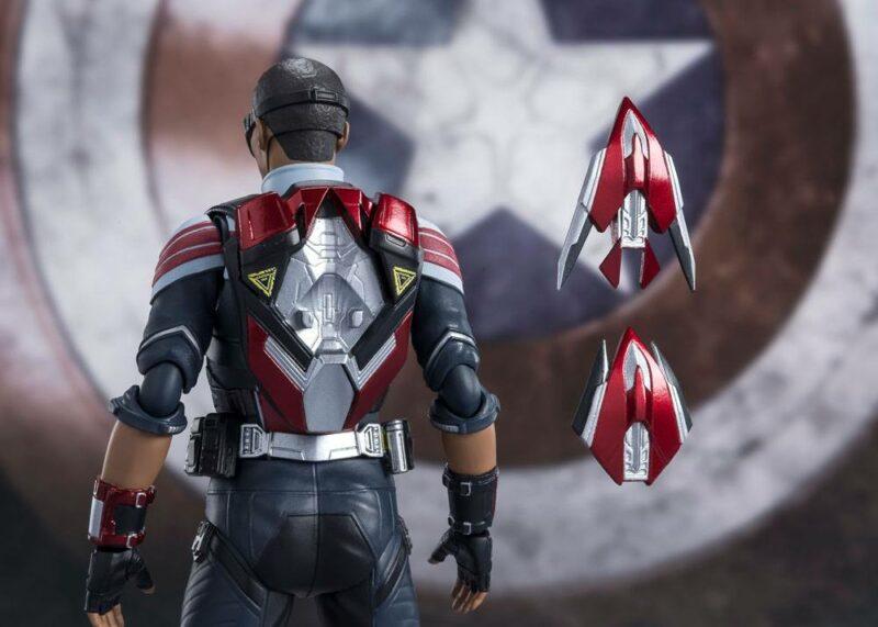 The Falcon and the Winter Soldier S.H. Figuarts Action Figure Falcon 15 cm