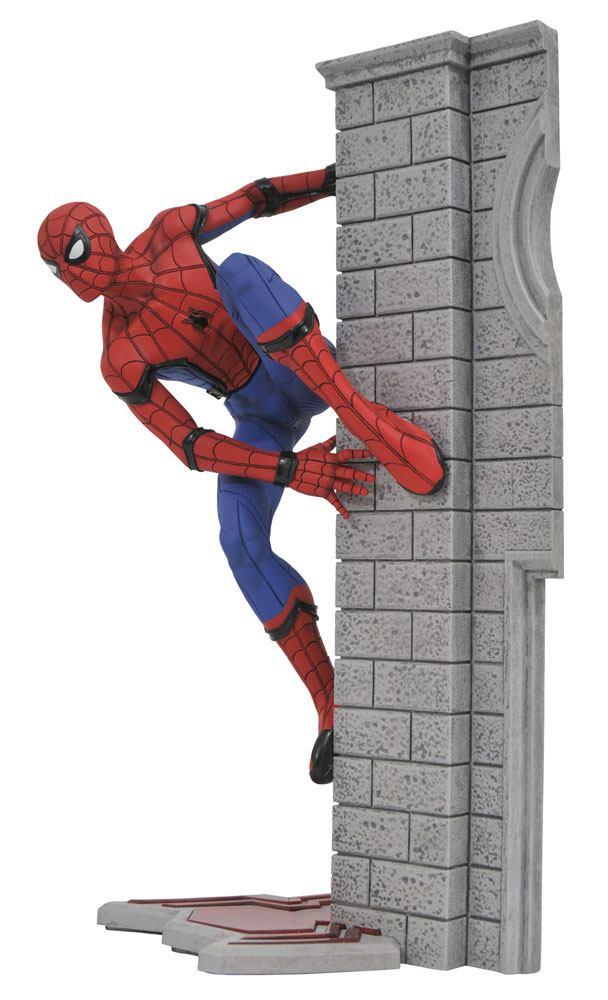 Spider-Man Homecoming Marvel Gallery PVC Statue Spider-Man 25 cm