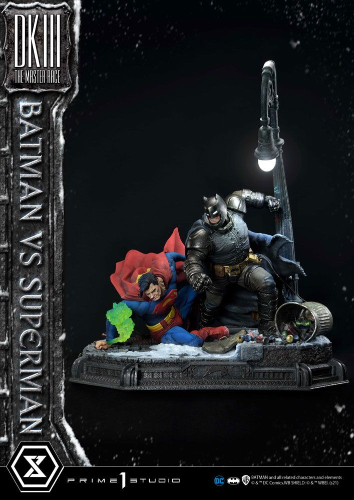 DC Comics Statue Batman Vs. Superman (The Dark Knight Returns) 110 cm