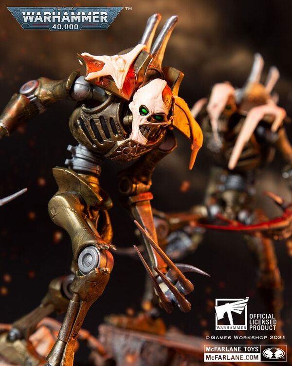 Warhammer 40k Action Figure Necron Flayed One 18 cm