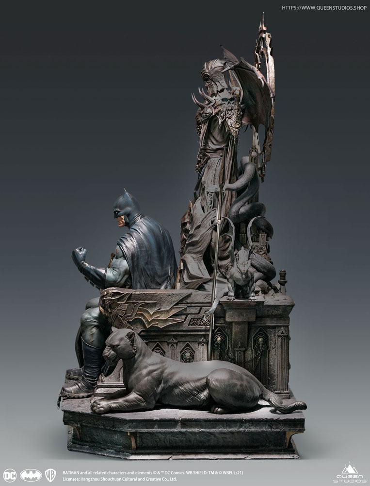 DC Comics Statue 1/4 Batman on Throne Premium Edition 92 cm