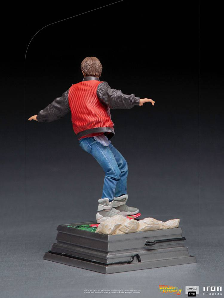 Back to the Future II Art Scale Statue 1/10 Marty McFly on Hoverboard 22 cm