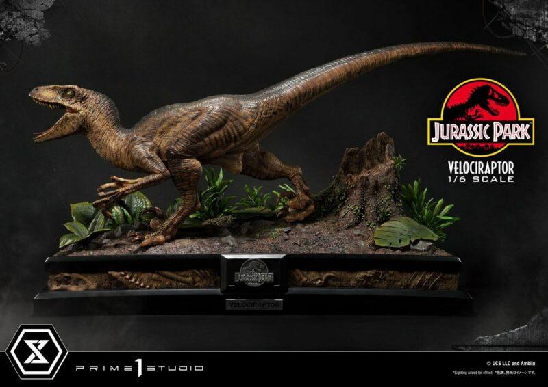 Jurassic Park Legacy Museum Collection Statue 1/6 Velociraptor Attack 38 cm